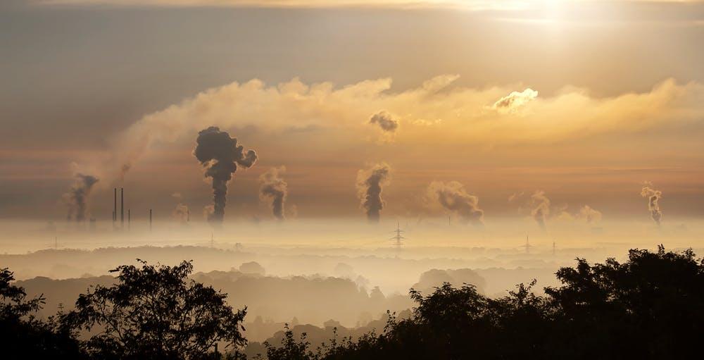 Misure per il contenimento dell'inquinamento atmosferico. Limitazioni al esercizio impianti termici e combustioni di biomassa legnosa.